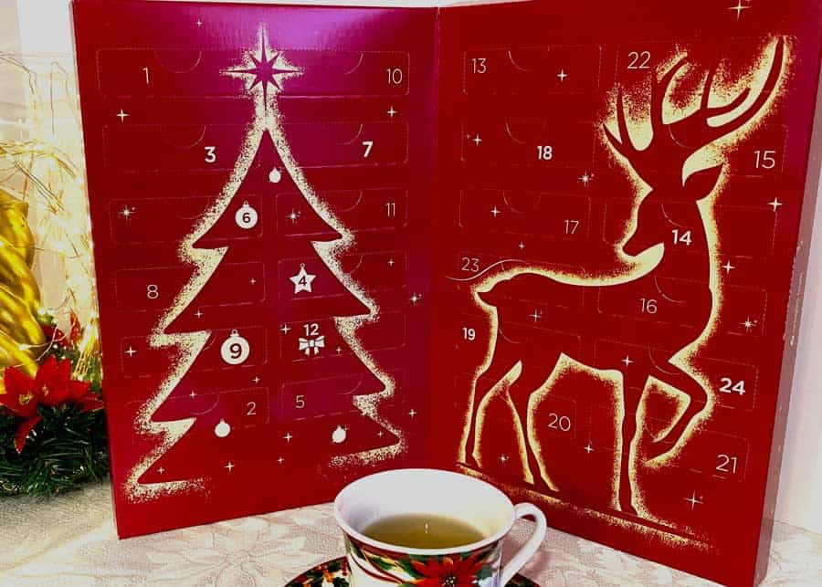 Counting down to Christmas with Adagio Teas Advent Calendar and '12 Days of Christmas' Tea Set 4